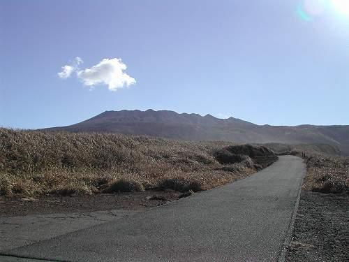 村道伊豆岬線、今はこの景色がのぞめないのが残念です。.jpg